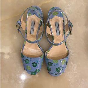 Prada sandals blue w/signature kisses in green